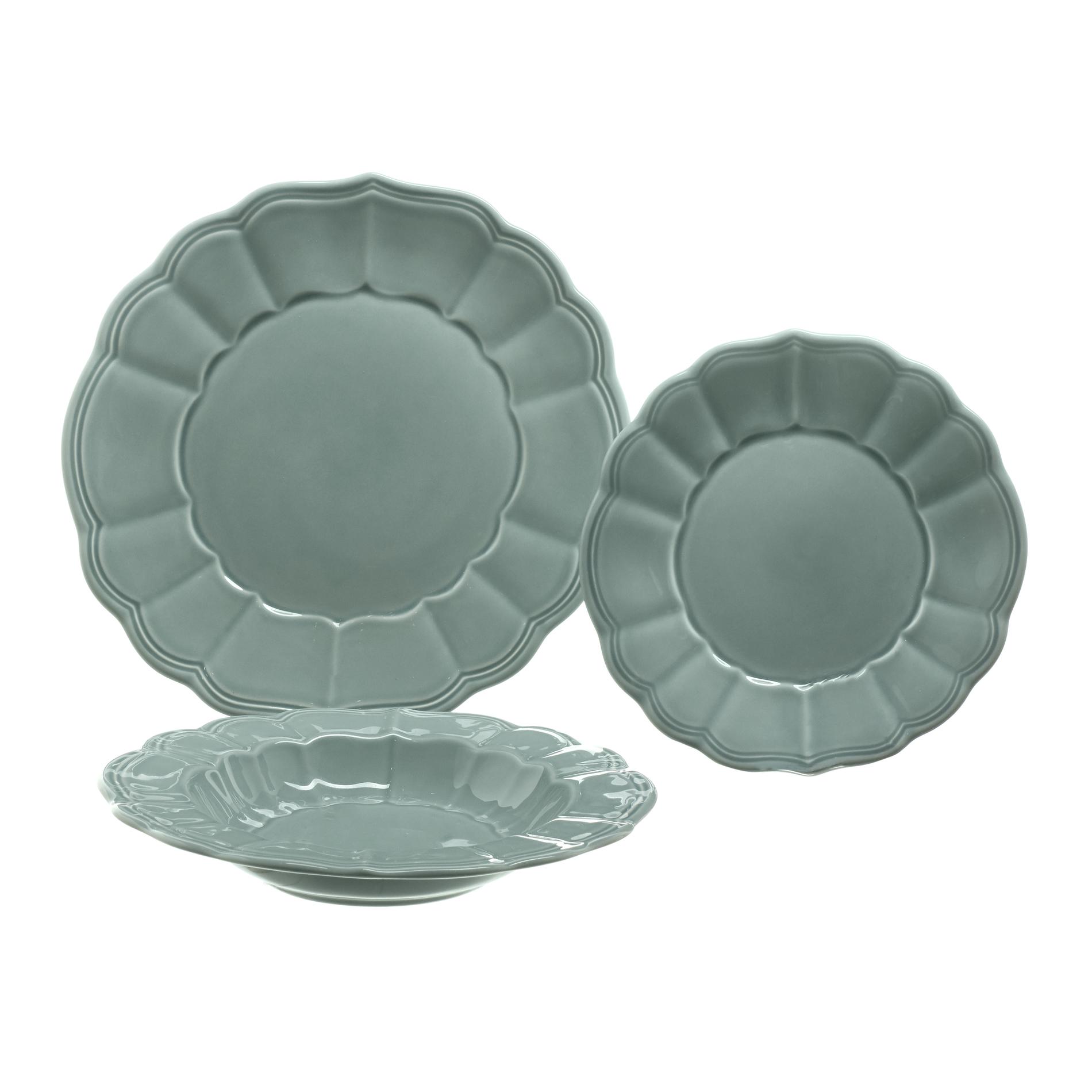 18-piece Portuguese ceramic dinner service in Provençale style ...