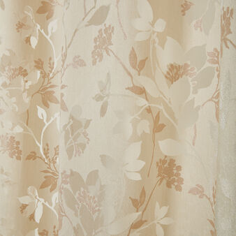 Leaf motif curtain with hidden loops