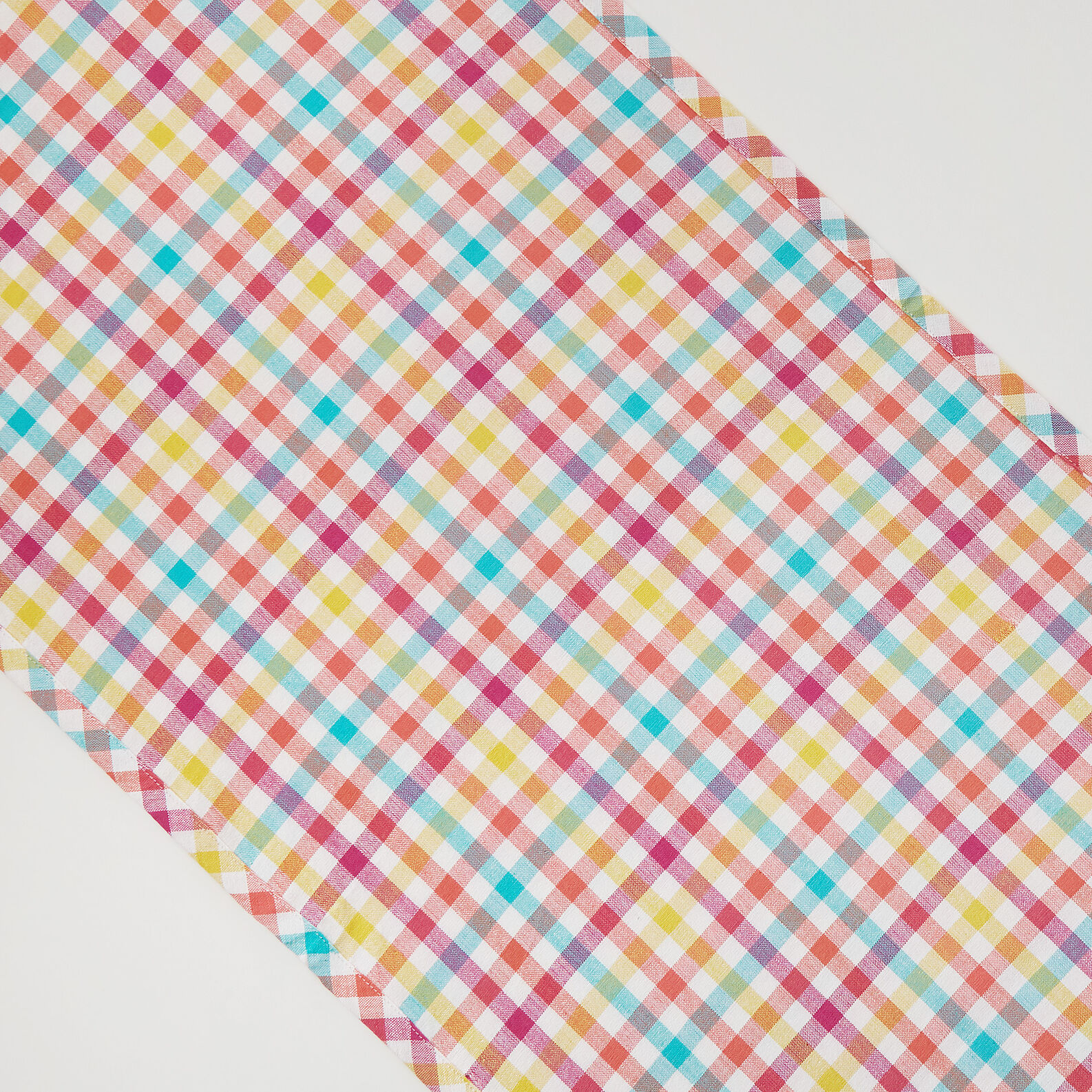 Yarn-dyed check table runner in 100% cotton