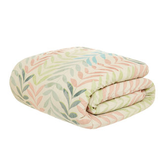 Organic cotton quilted throw with leaf pattern