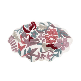 Shaped cotton bath mat with flowers