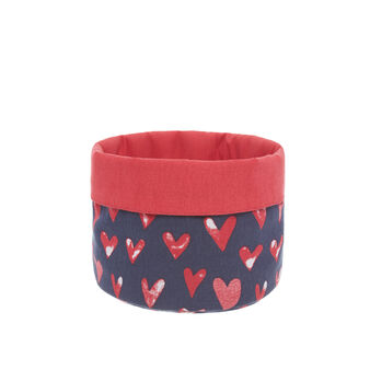 100% cotton basket with hearts print