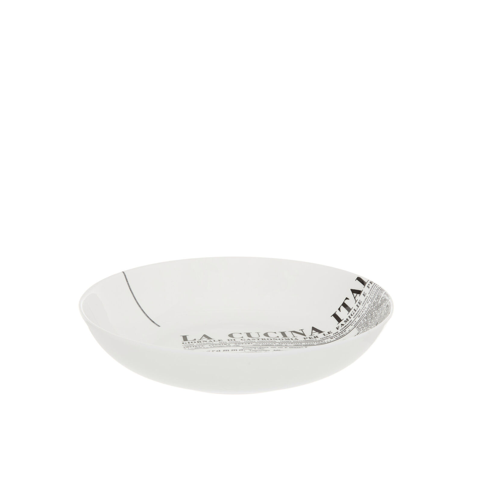 Fine bone china soup dish with geometric La Cucina Italiana decoration