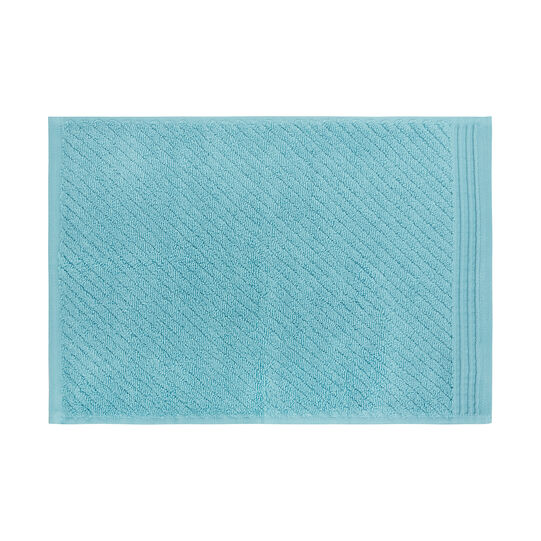 Set of 5 solid colour towels in 100% cotton