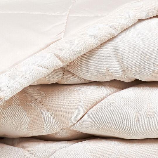 Portofino rose quilt in 100% cotton percale