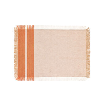 Frayed table mat in 100% cotton