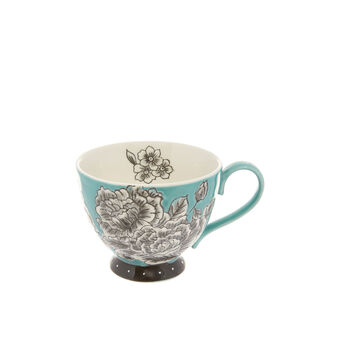 Stoneware breakfast cup, painted by hand