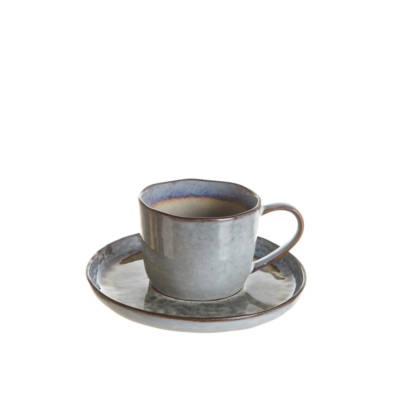 Stoneware tea cup with reactive glaze