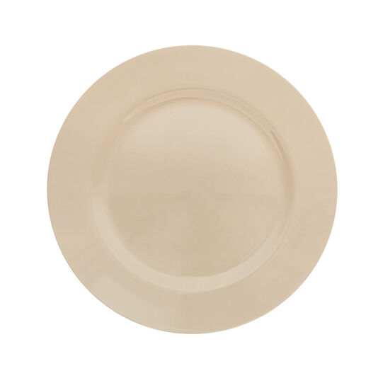 Smooth plastic charger plate