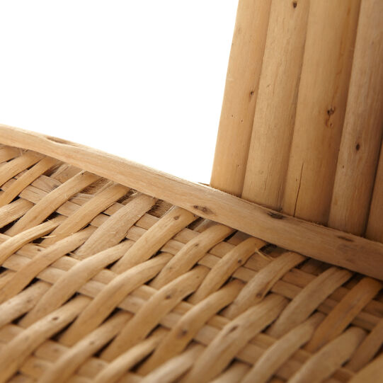 Bamboo armchair with leaf-shaped backrest