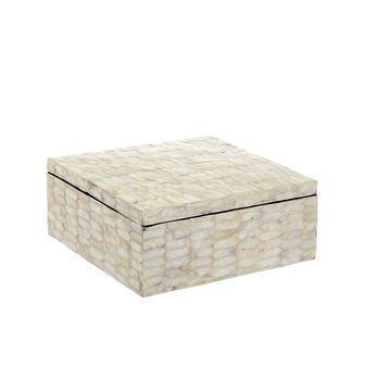 Box with mother-of-pearl tiles