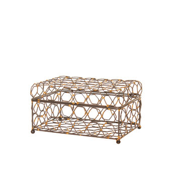 Jewellery box in hexagonal soldered metal wire