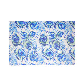 Kitchen mat with shell print
