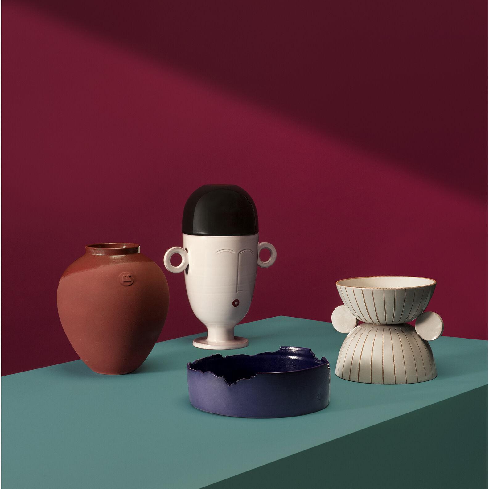 Vase in ceramics of Grottaglie by Roberto Sironi