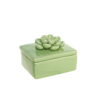 Box with porcelain flower
