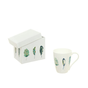 Mug decorated with gift box