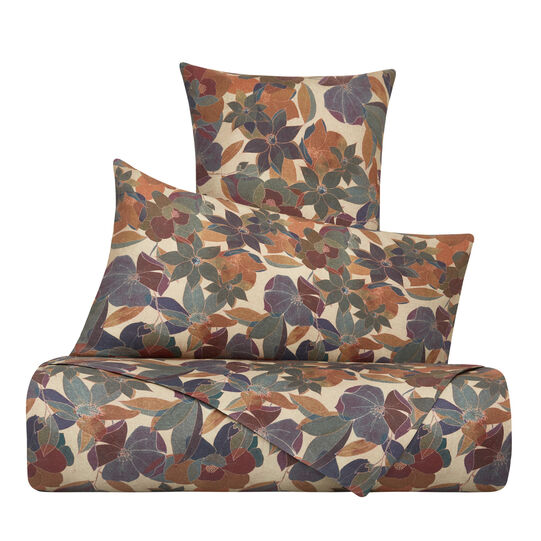 Duvet cover in washed 100% linen with floral pattern