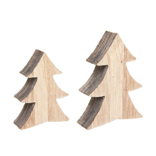 Wooden Christmas tree with grain