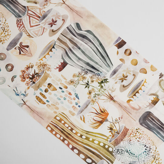100% cotton table runner with vases print