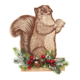 Squirrel-shaped decoration in wood