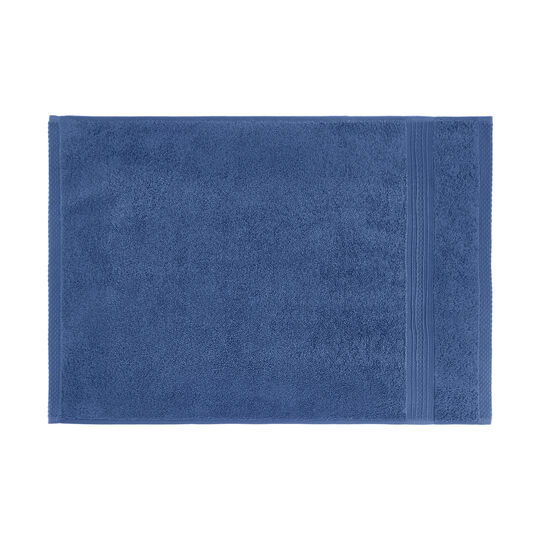 Solid color cotton terry towel