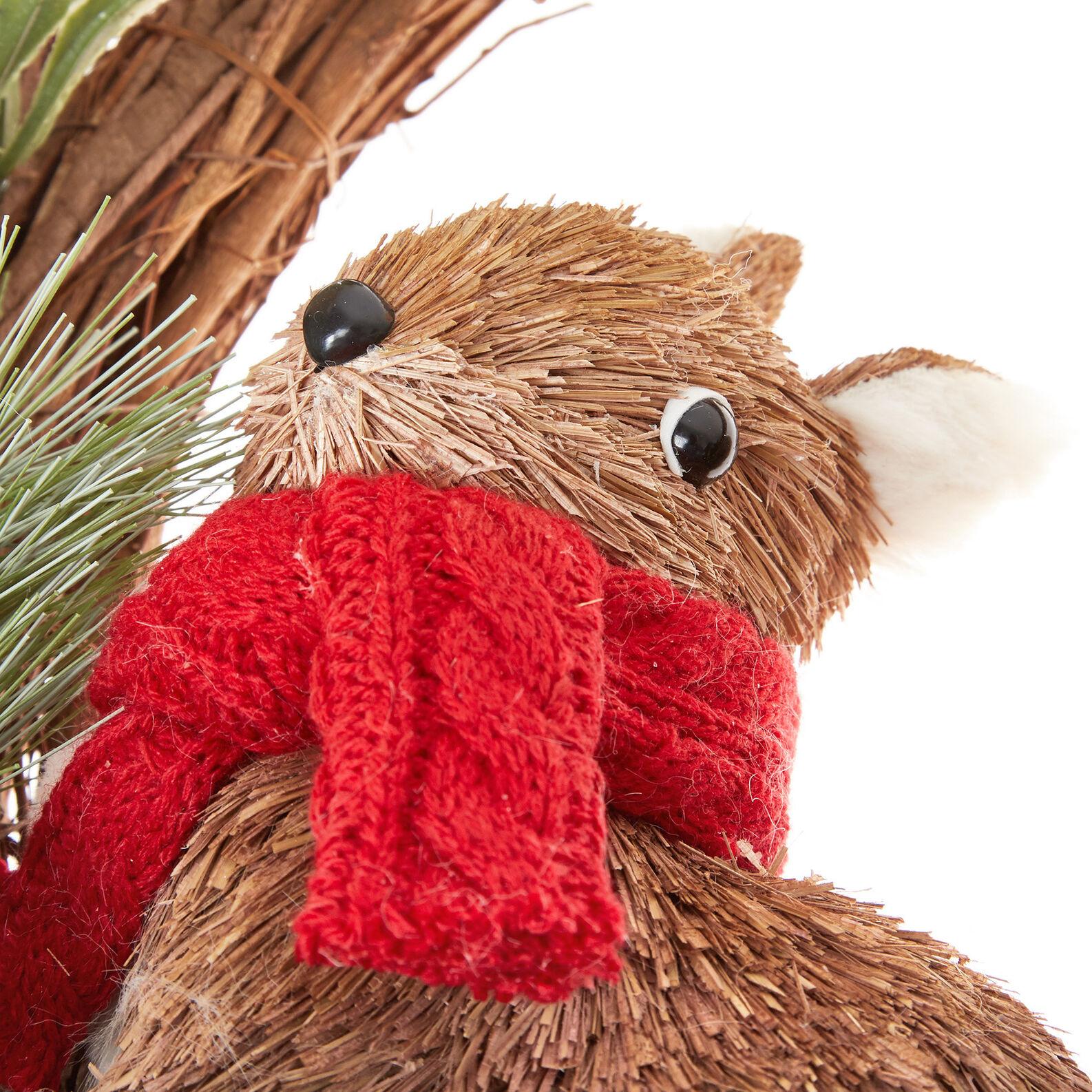Decorative wreath with squirrel
