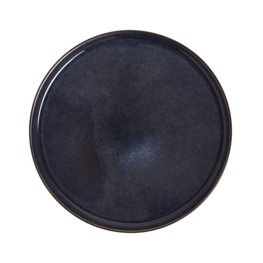 Stoneware plate with reactive glazes