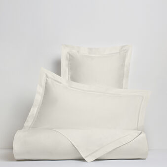 Portofino duvet cover in 100% cotton percale with drawn thread work