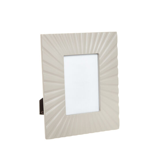 Pleated MDF photo frame