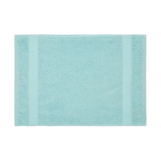 Solid colour 100% cotton towel
