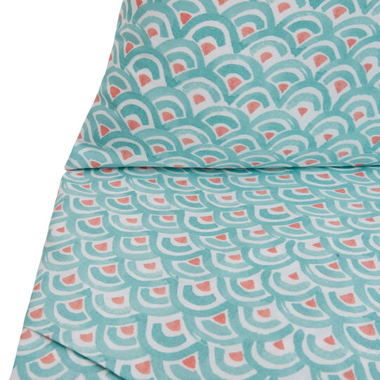 Cotton percale pillowcase with abstract pattern