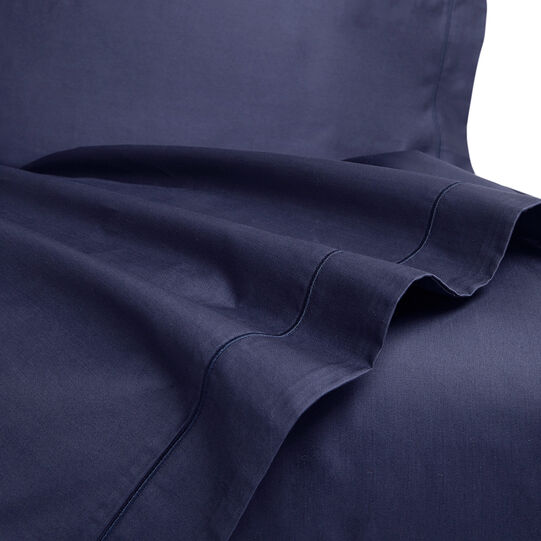 Interno 11 flat sheet in high-quality satin