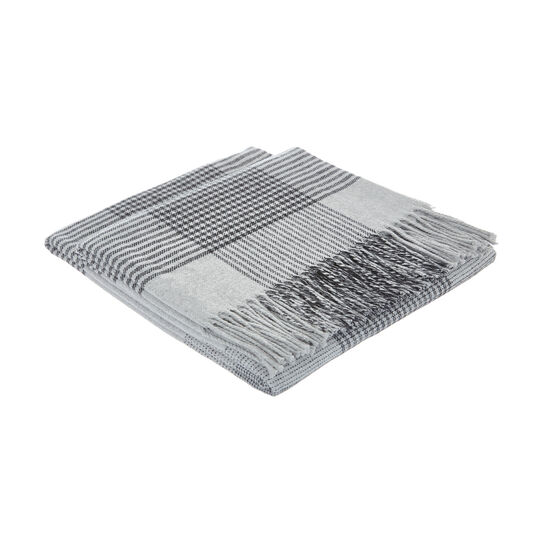 Striped throw in recycled cotton blend