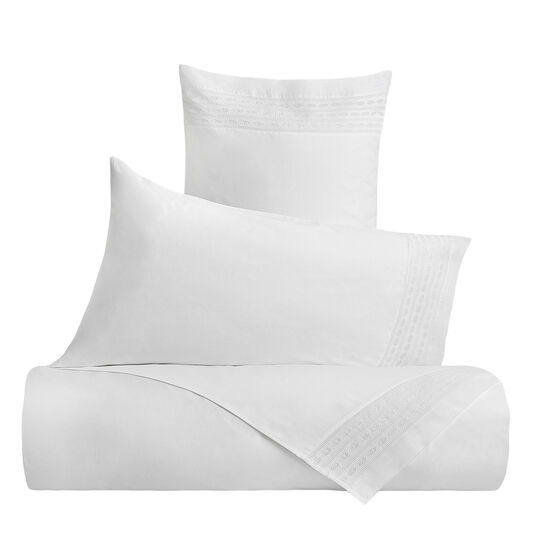 Portofino 100% cotton flat sheet with embroidered trim
