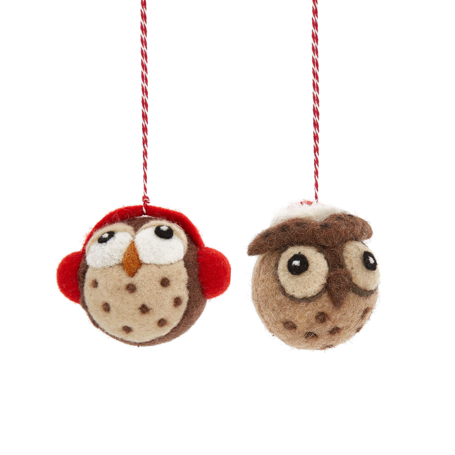 Owl decoration in felt