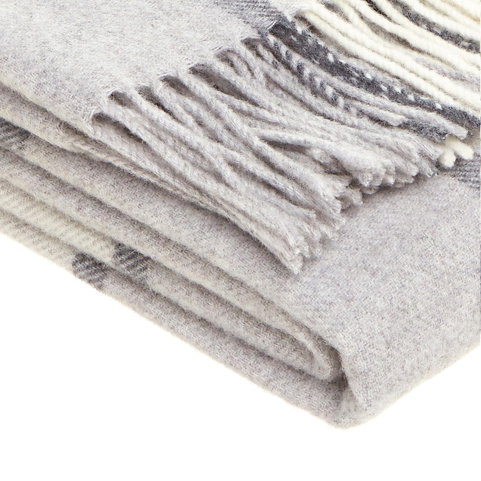 Portofino checked throw in 100% wool