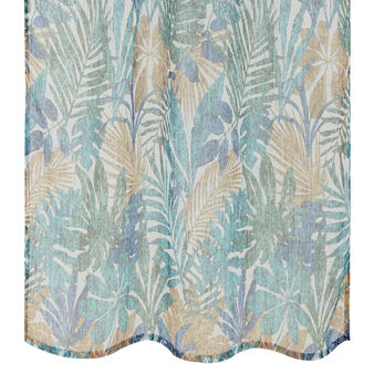 Leaf patterned curtain