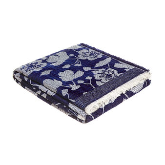 Floral pattern fringed throw