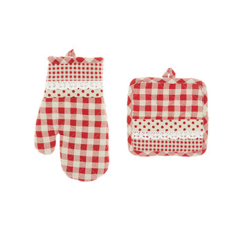 100% cotton and lace pot holder and oven mitt set with squares and polka dots print