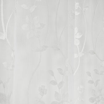 Curtain embroidered with flowers
