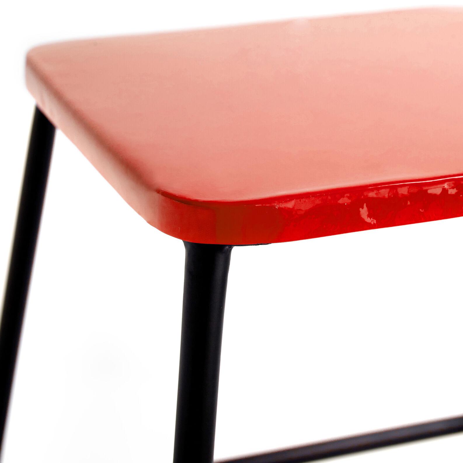 Gunta stool/coffee table in iron