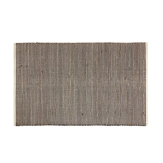 Hand-woven mat in jute and cotton