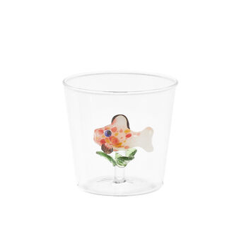 Glass tumbler with fish detail