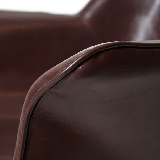 Secretary armchair in synthetic material