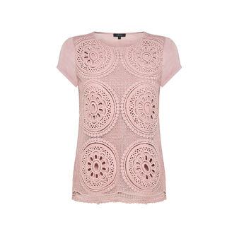 Koan T-shirt with macramé lace layering