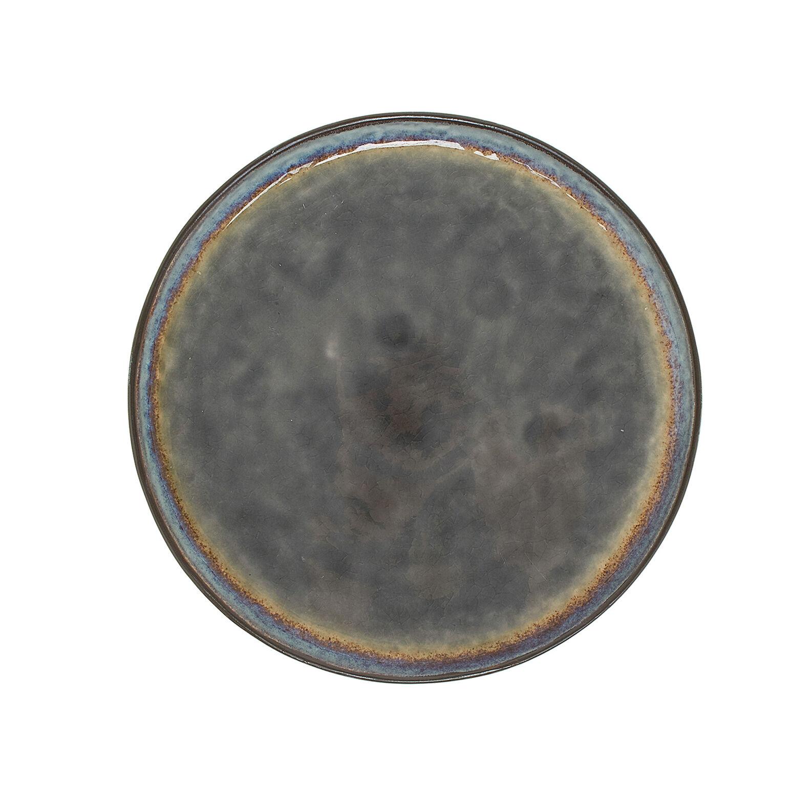 Stoneware plate with reactive glaze