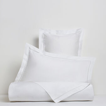 Portofino flat sheet in 100% cotton percale with drawn thread work