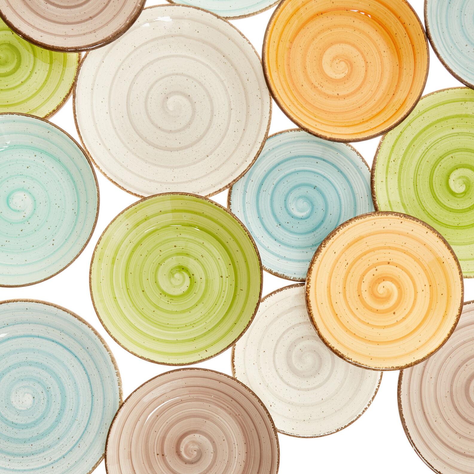 Giotto set of 18 coloured ceramic plates