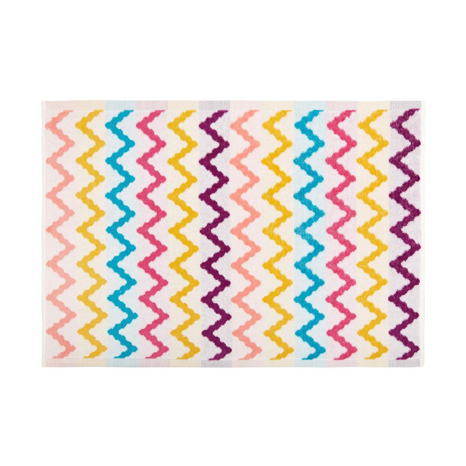 Velour cotton towel with zigzag motif