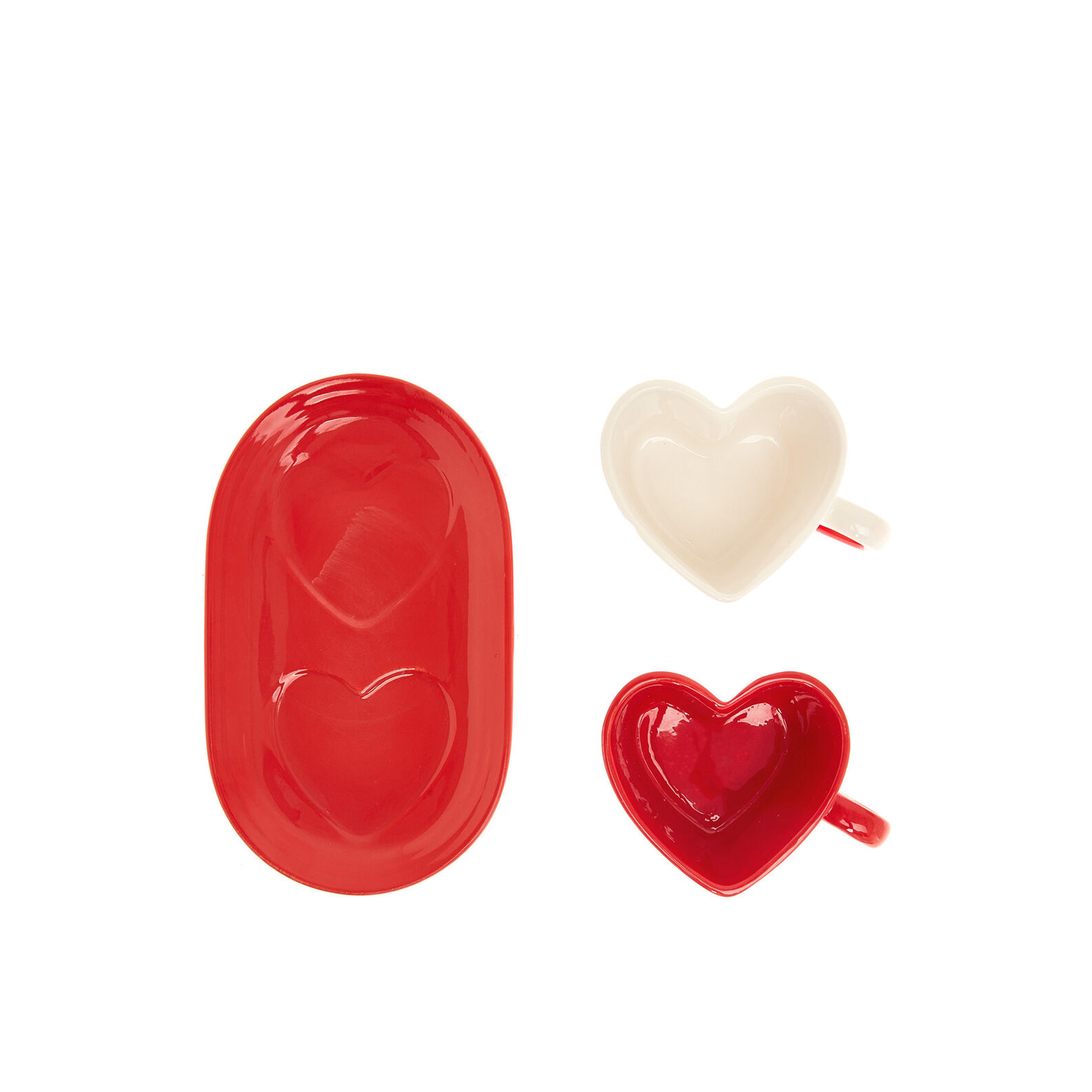 Heart-shaped ceramic coffee cup